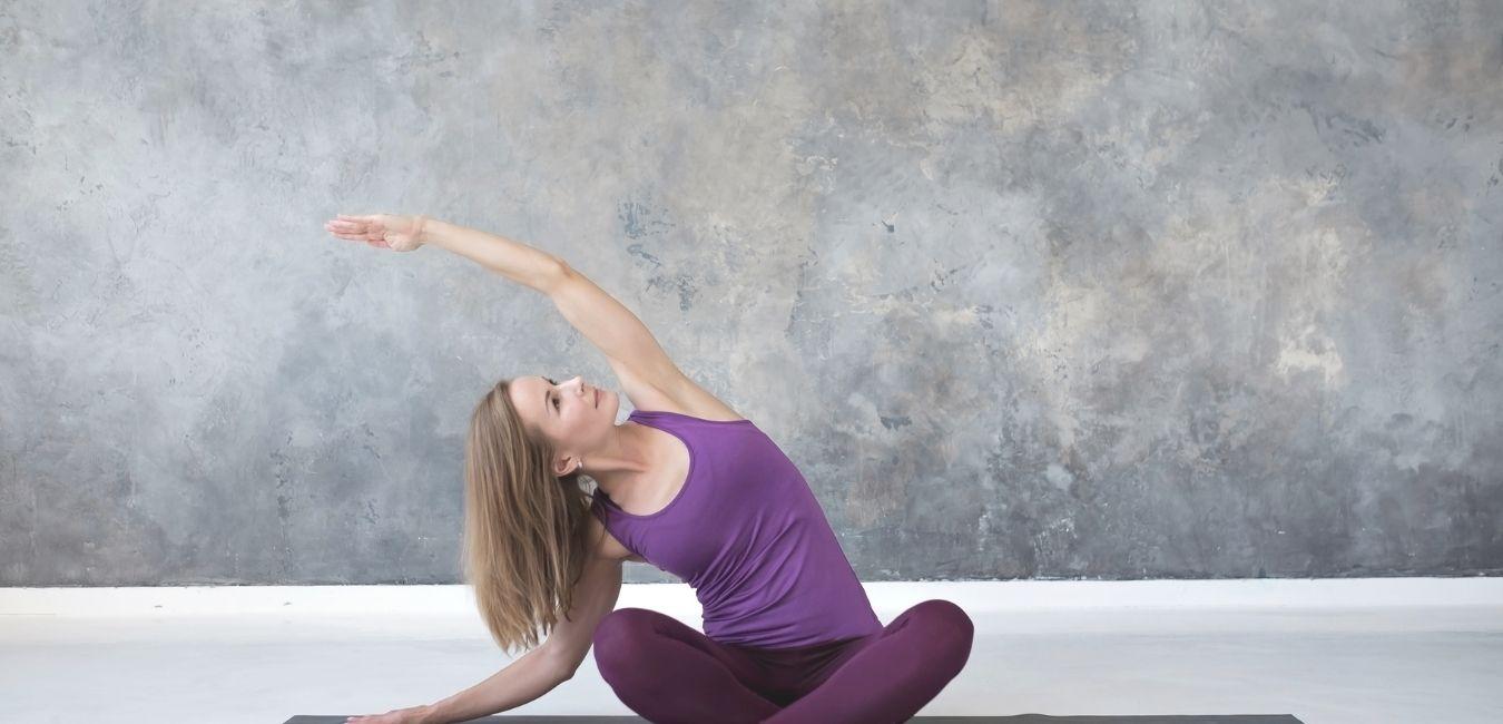 Cuida tu «cuadrado lumbar» con Pilates para evitar el dolor de espalda.