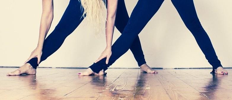 «Enraizar». La conciencia de tus pies sobre el suelo