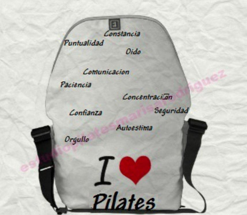 Lo que no debe faltar en tu bolsa de deporte si vas a hacer Pilates